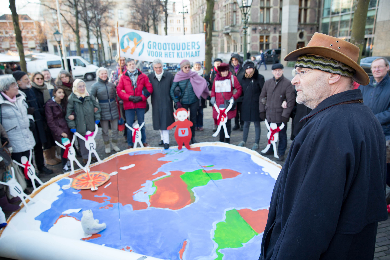 005-Grootouders-klimaatactie-credit-Chantal-Bekker-Urgenda-05