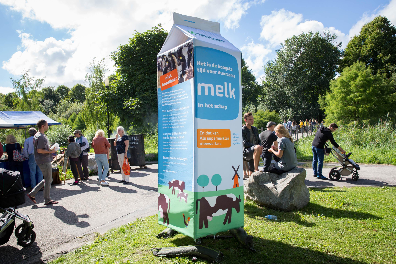 Milieudefensie-festival-melkpak-campagne-chantal-bekker